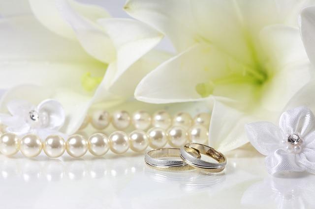 pearls-75246_640
